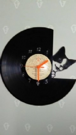 Cat Peeping Vinyl Record Clock