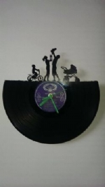 Family Vinyl Record Clock